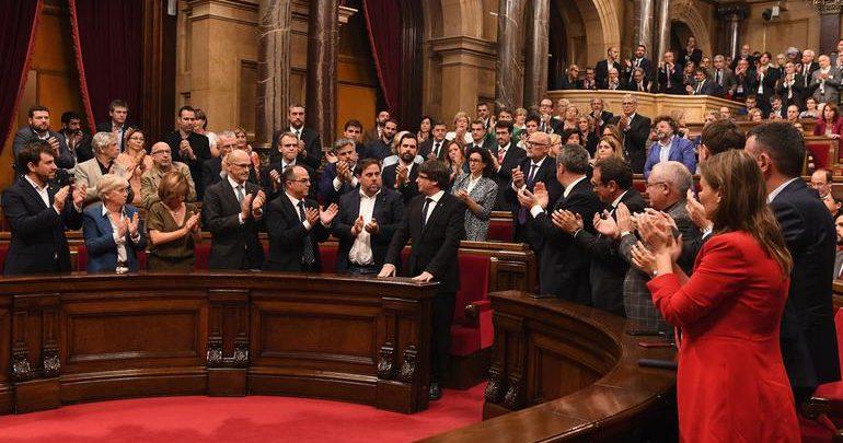 Katalonya'dan Bağımsızlık ve Referandum Kararı!